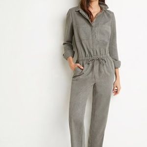 brushed twill utility jumpsuit. grey.